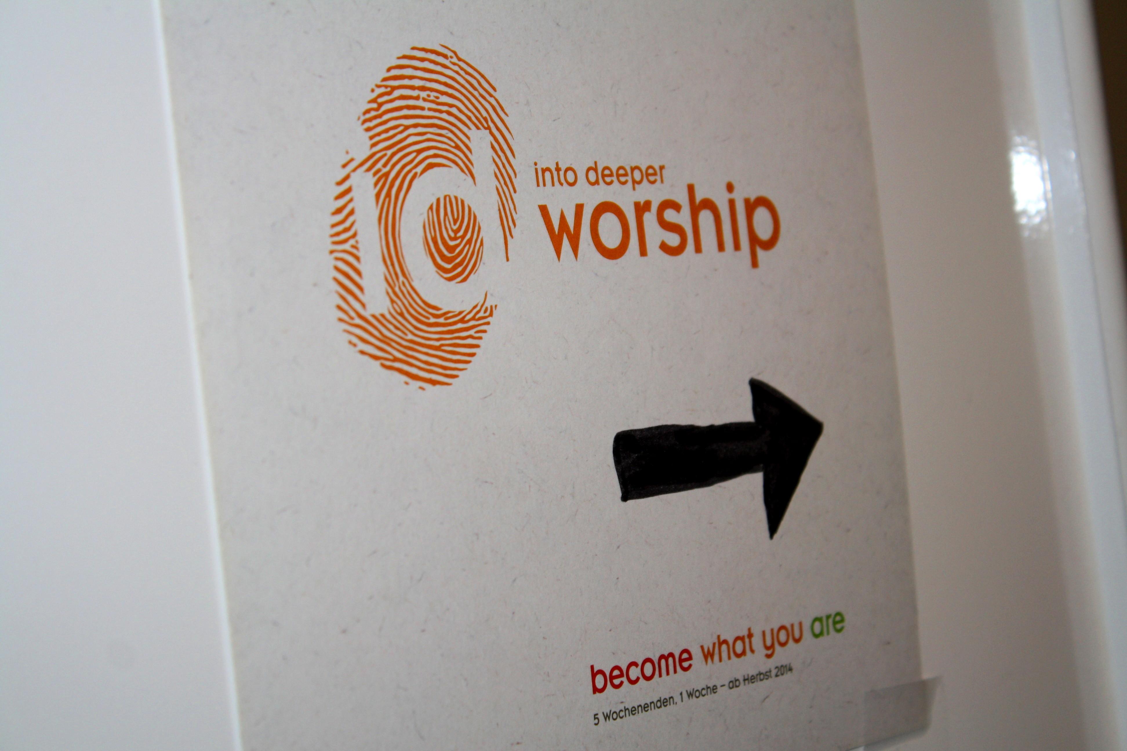 ID_Worship_01o